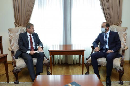 Глава МИД Армении и посол Бельгии обсудили возможности расширения торгово-экономических отношений