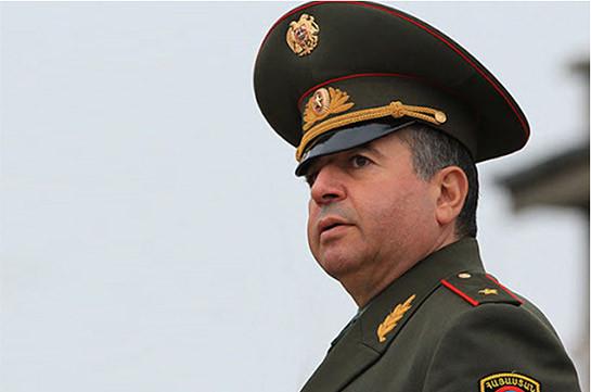 Министр обороны Армении, как и глава МИД, из-за неисправности самолета не смог вылететь в Душанбе