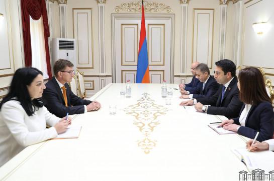 Риторика Азербайджана не направлена на установление мира в регионе – Ален Симонян