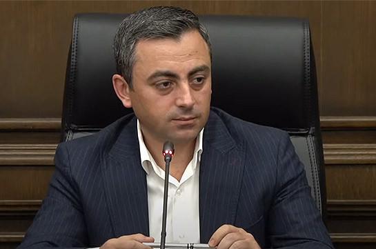 Ишхан Сагателян обвинил власти Армении в государственной измене