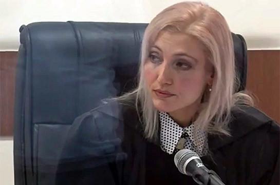 Адвокаты Роберта Кочаряна и Армена Геворкяна требуют от суда уважать Уголовно-процессуальный кодекс Армении и осуществлять правосудие