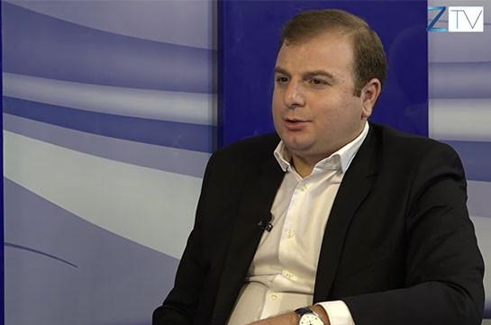Для представителей сегодняшней власти более приемлем человек, который склонил голову, согнулся перед турком – адвокат Арушаняна ответил депутату фракции «Гражданский договор» Армену Хачатряну