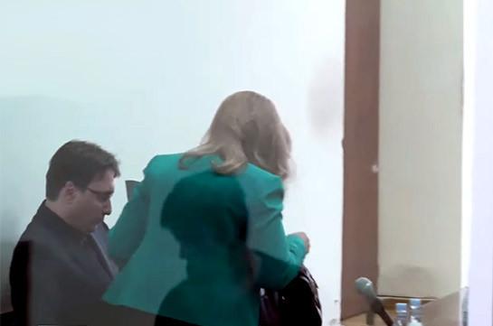 Адвокат Лусине Саакян покинула зал заседаний в знак протеста