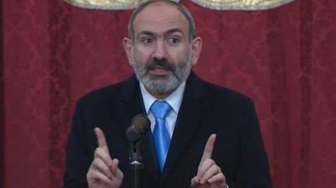 Пашинян объяснил процесс по Карабаху азербайджанцу, пришедшему в армянскую церковь