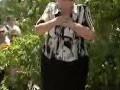 Էսի տղաս ա, զոհված ա, մեռնեմ կյանքիդ, շնորհակալ եմ. Եռաբլուրում զինվորի մայրը՝ Փաշինյանին