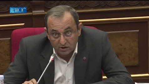 «Հայաստան» ու «Պատիվ ունեմ» խմբակցությունները բոյկոտեցին ԱԺ նիստը ու լքեցին նիստերի դահլիճը
