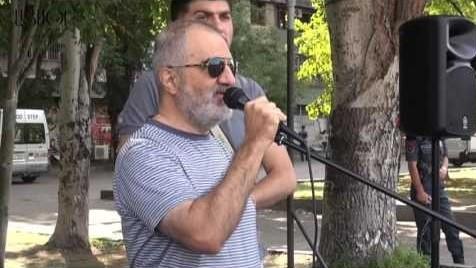 Սեֆիլյանը պահանջում է հանդիպում «Սասնա ծռերի» տղաների և Սերժ Սարգսյանի հետ